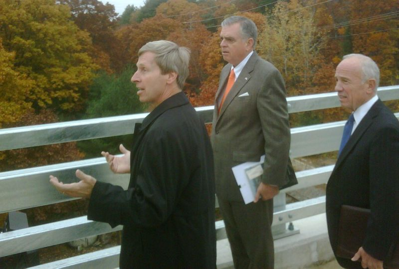 with NH Governor John Lynch and NH DOT Commissioner George Campbell