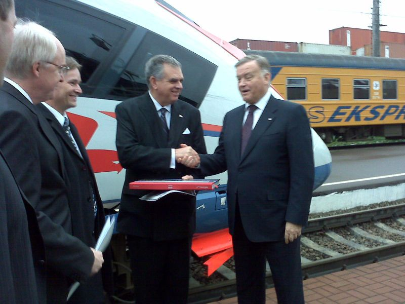 Touring the Russian Sapsan high speed rail