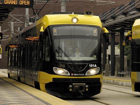 Minneapolis-streetcar