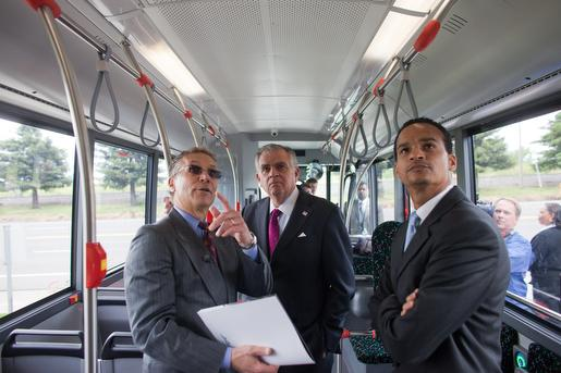 Hydro bus