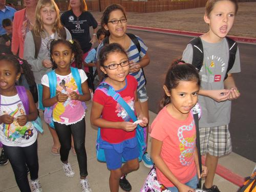 Walk_to_school_day_2011_Texas