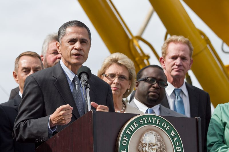 SR 99 Tunnel Groundbreaking - Victor Mendez-2