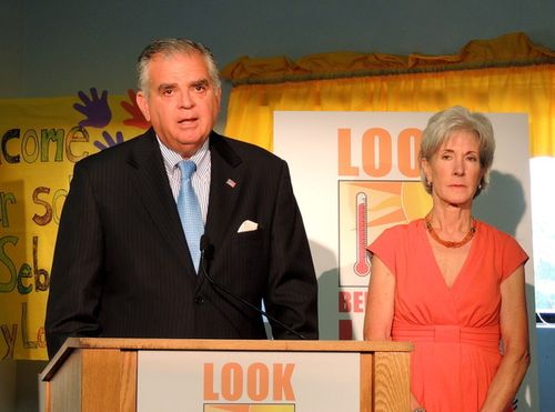 Secretaries LaHood and Sebelius; photo courtesy Drew Hansen
