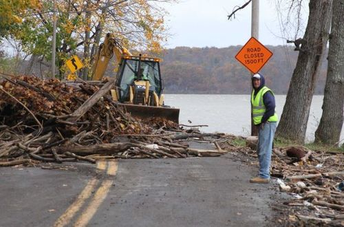 Road cleanup along the Hudson, photo courtesy Ulster County DPW