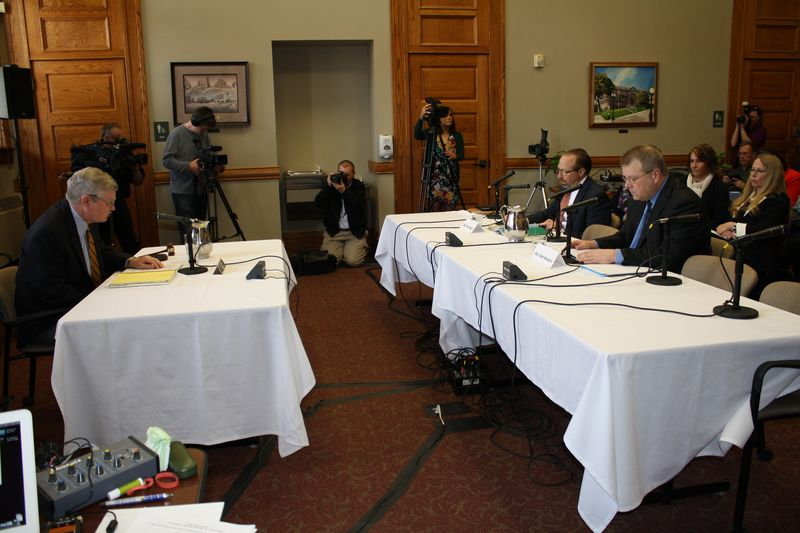 Peter Rogoff at committee hearing in Sioux Falls