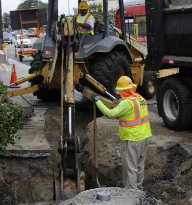 Preliminary work on Crenshaw Boulevard