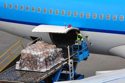 Air Cargo Unloading