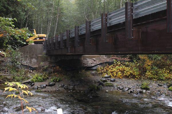 Puyallup bridge work